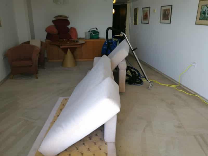 ניקוי ספות ושטיחים2