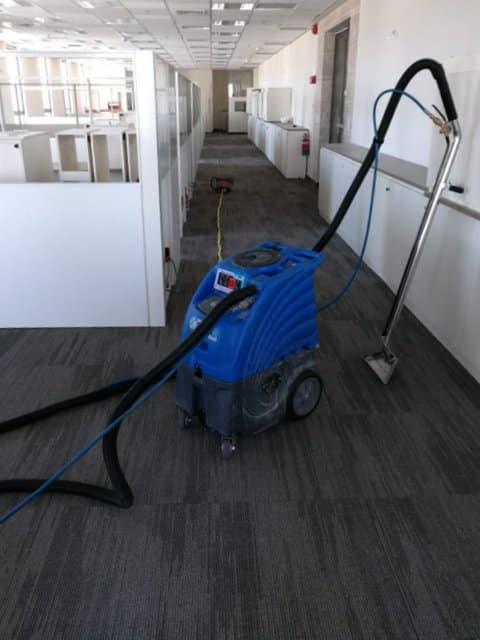 ניקוי שטיחים מקיר לקיר6