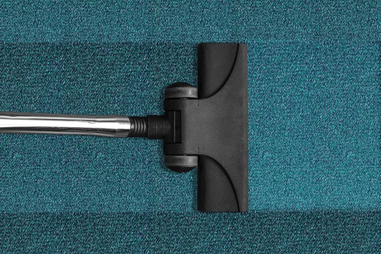 ניקוי שטיחים ברחובות